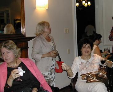 Milita Blengio, Ana Hill y Shirley Rivas