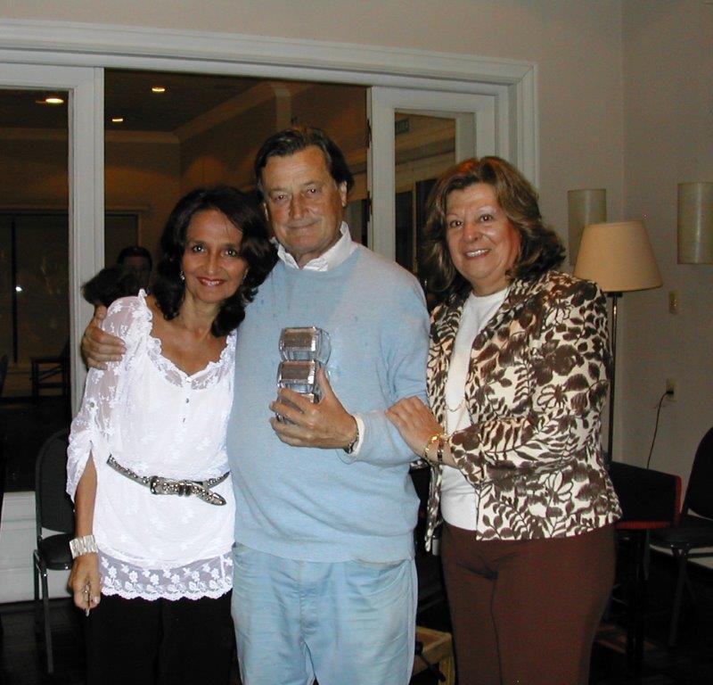 Hugo Carve, Marta Raffo, Marta Lejbusiewic y Juan M Carve (aus)por CNEMixtos Cruzados