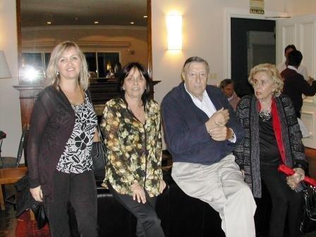 Lucila y Cecilia Rinaldi, Yaco Scavuzzo y Loly Piñryrúa
