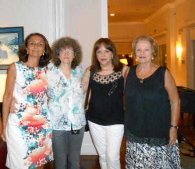 Equipos Damas Marta Raffo, Marta Lejbusiewicz, Margarita Echenique y Renée Arocena